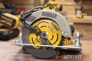 "DeWalt 20v 7 1/4"" circular saw with flexvolt advantage review"